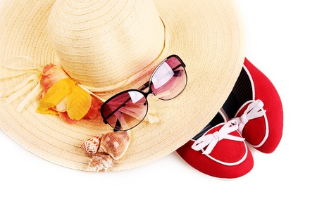 low glass: Summer straw hat with sunglasses and red shoes