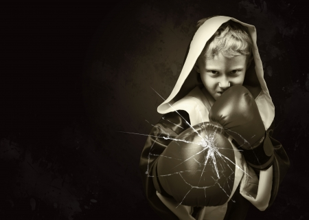 robes: Sepia image of llittle boxer fighter with grunge effect and cracking glass
