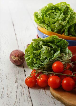 tomato cherry: Fresh salad heads and tomato cherry