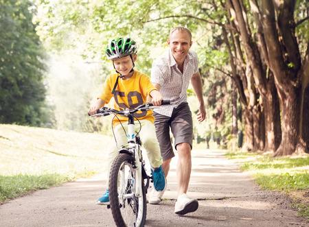 Premières leçons bicyclette