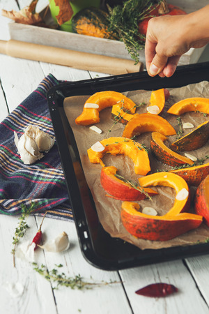 pinch: Prepearing pumpking for roasted into the oven
