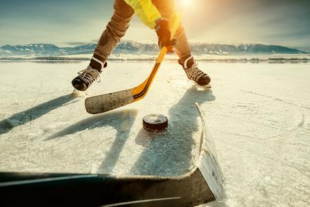 Buz Hokeyi oyunu an Stok Fotoğraf - 70706105