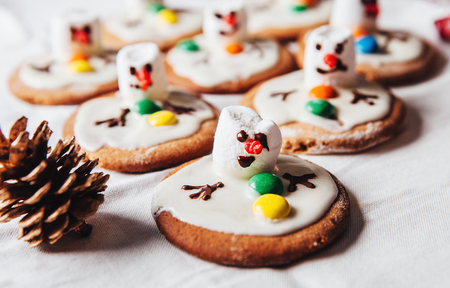 Army of melted snowmans on ginger cookies