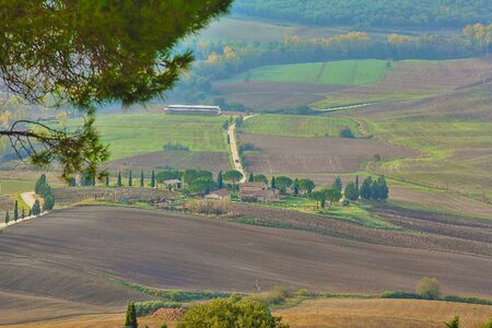 Natural landscape of hills tuscany in autumn in Italy Imagens