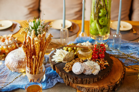 cheese brunch, blue cheese, delicacies, nuts, very tasty