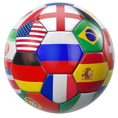 Rusland voetbal met vlaggen van deelnemende nationale ploegen in toernooi van de wereld. Clipping pad opgenomen voor eenvoudige selectie.