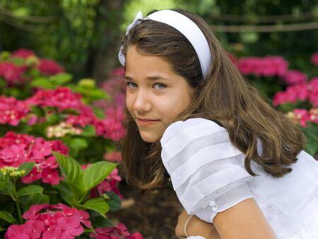 première communion: Belle fille dans sa communion premier jour Banque d'images