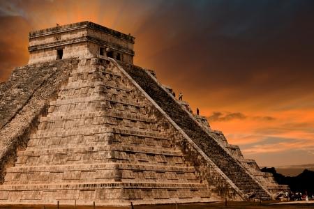chichen itza: Kukulkan Pyramid in Chichen Itza Site, Yucatan, Mexico