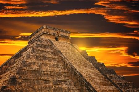chichen itza: Kukulkan Pyramid in Chichen Itza Site, Mexico   Stock Photo