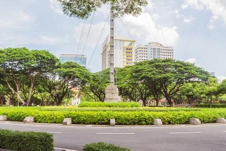 A main traffic circle in Chulalongkorn university Imagens - 61066983