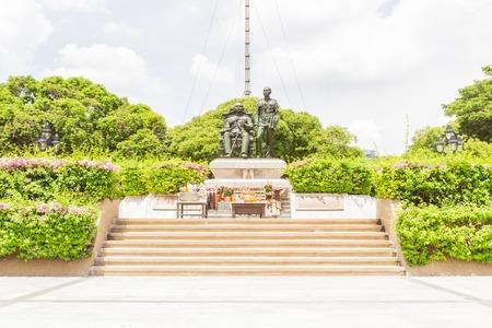 Bangkok, Thailand - June 5, 2016 : King Chulalongkorn (father - sit) and King Vajiravudth (son - stand) statue at front of main auditorium, Chulalongkorn University. Editorial