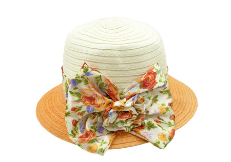 folwer: Straw hat and Folwer ribbon isolated on white background, with clipping path