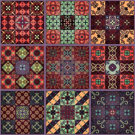 Modèle sans couture avec des carreaux portugais dans le style de talavera. Azulejo, ornements marocains, mexicains. Banque d'images - 79409376