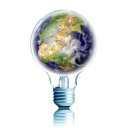 strom: Energiekonzept. Gl�hbirne mit Globe in Seite