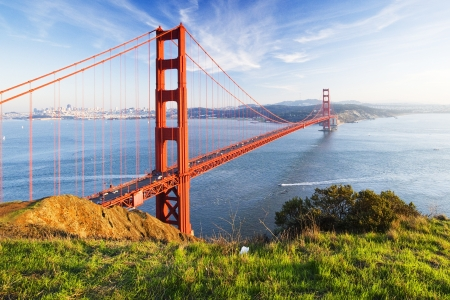 san francisco bay: Golden Gate bridge. San Francisco, USA.