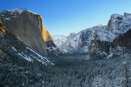 tunnel view: Yosemite National Park in Winter  Tunnel View