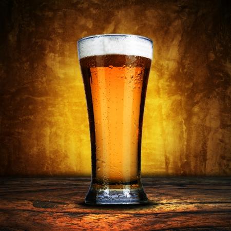 beer foam: Glass of beer
