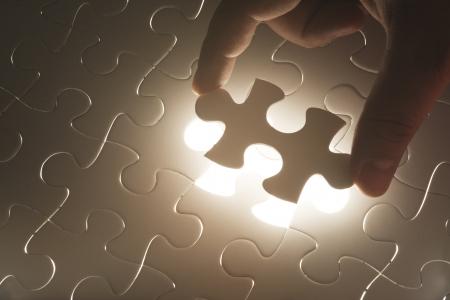piezas de puzzle: Falta Concepto rompecabezas está completo