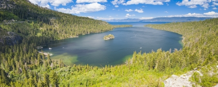 dream lake: Panorama shot of Lake Tahoe, California, USA Stock Photo