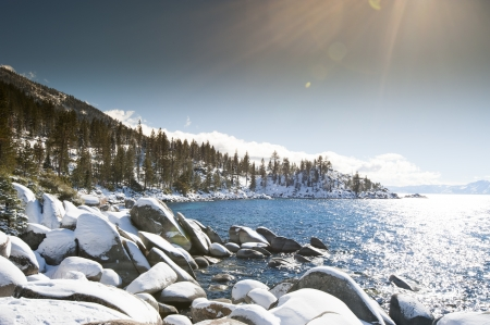 sand harbor: Lake Tahoe in inverno Archivio Fotografico