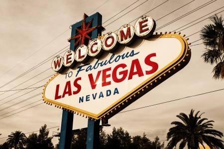 las vegas night: Welcome to Las Vegas Sign Stock Photo