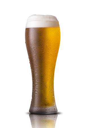 Vaso de cerveza fría Foto de archivo - 25590746