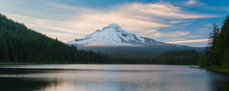Mt.Hood, at Trillium Lake, Oregon, USA