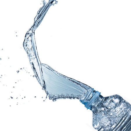 vaso de agua: Splash botella de agua Foto de archivo
