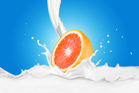 Fresh Grapefruit With Milk Splash 版權商用圖片