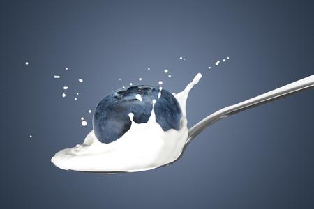 Blueberry With Milk Splash
