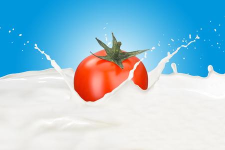 Fresh Tomato With Milk Splash 版權商用圖片 - 107919220