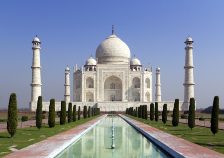 Taj mahal , A famous historical monument, A monument of love, the Greatest White marble tomb in India, Agra, Uttar Pradesh 版權商用圖片