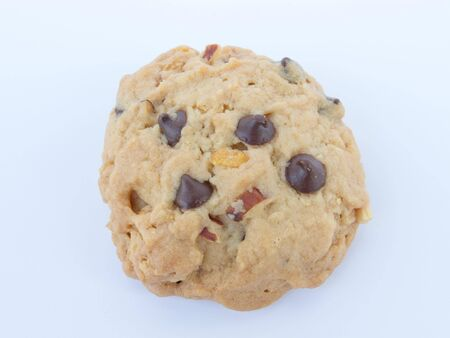 A delicious cookie that looks yummy.