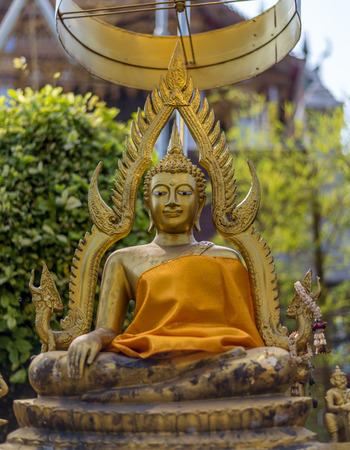 teck: Bangkok, Thailand - Feb 14, 2015 The Sculptor of Budha at Wathualamphong or Hualamphong Temple is one of the royal temple. Located next to Poh Teck Tung Foundation. Visit by taking MRT to Samyan station.