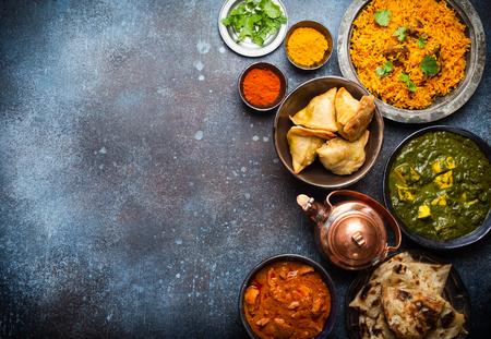 Authentische indische Gerichte und Snacks