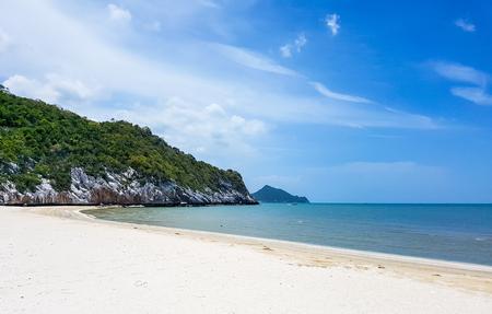 almeja: beach and blue sky in Sam Roi Yod national park Thailand