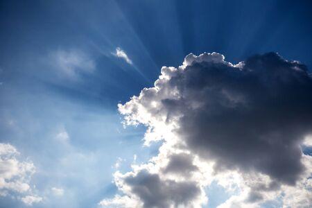 obscuring: Clouds were obscuring the sun, Sunbeam