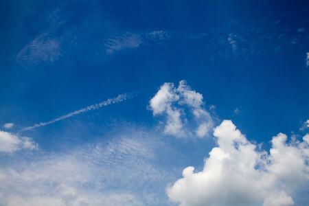 sfondo nuvole: Sfondo, nuvole nel cielo blu