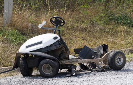 Golf cart accident, the damage caused in golf.