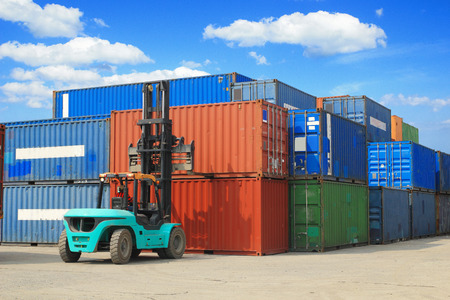 container box: forklift handling the container box