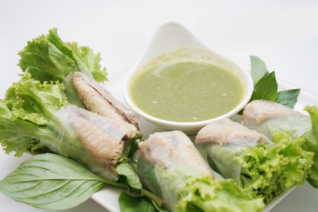 fresh noodle spring roll
