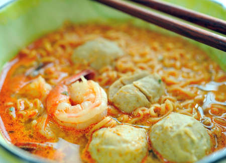 prawn mee, prawn noodles  Stock Photo - 12349997