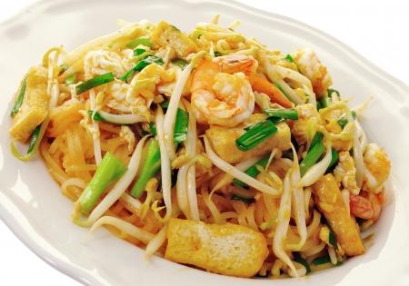 arroz chino: Comida tailandesa Pad thai, Stir fry fideos con camarones