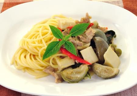 spaghetti with green pork curry Stock Photo - 15467197