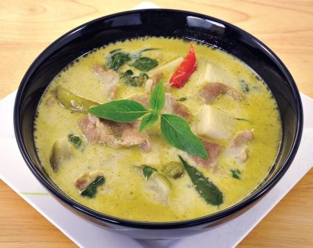 curry: Green Curry de cerdo, cocina tailandesa Foto de archivo