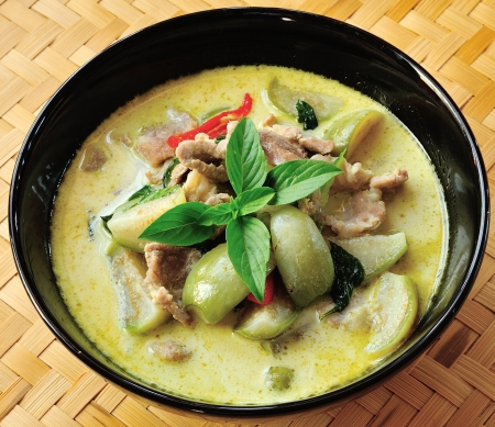 Green pork Curry , Thai cuisine Stock Photo - 17677128