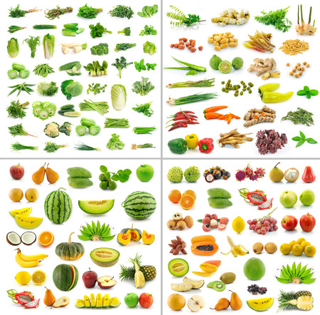 frutas, verduras y especias aislados en fondo blanco Foto de archivo