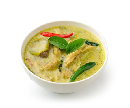 Thai poulet curry vert alimentaire dans le BÖLW blanc sur fond blanc