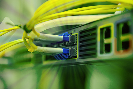 network optical fiber cables and hub Standard-Bild