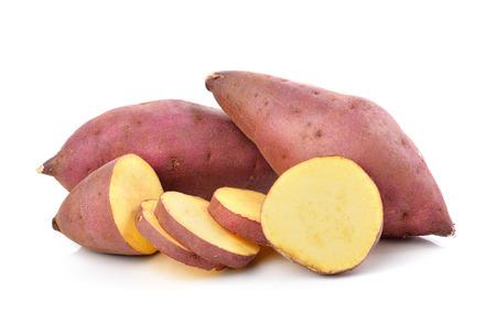 batata: patata dulce en el fondo blanco Foto de archivo